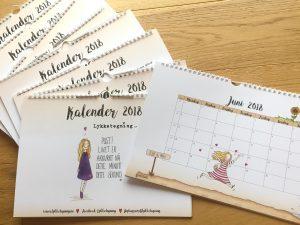 Flott kalender for året 2018 med en måned på hver side.